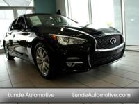New Arrival! CarFax One Owner! Navigation!  Bose