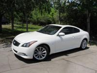 Options:  2015 Infiniti Q60 Journey|This 2015 Infiniti