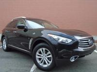 Options:  2015 Infiniti Qx70 Base|Clean Carfax - One