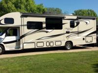 32' Class C Motorhome in like-new condition.