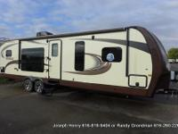 The 2015 Jayco Eagle 306RKDS is a luxury travel trailer