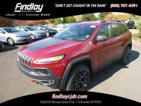 (503) 405-8072 ext.187 Sunroof, Heated Seats, 4x4,