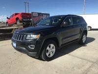Come see this 2015 Jeep Grand Cherokee . Its Automatic