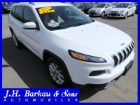 1 Owner, Clean Carfax, 28 MPG!, Latitude Trim, Back-Up