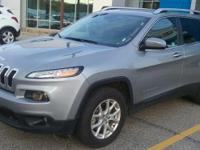 This one owner, 2015 Jeep Cherokee has alloy wheels,