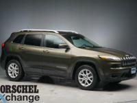 2015 Jeep Cherokee Latitude GreenCARFAX One-Owner.Clean