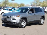 Clean CARFAX. CARFAX One-Owner.  2015 Jeep Cherokee