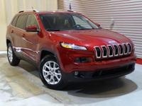 New Arrival! CarFax 1-Owner, This 2015 Jeep Cherokee