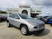 Options:  2015 Jeep Cherokee Latitude 2Wd|This Vehicle