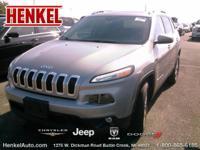 Options:  2015 Jeep Cherokee Latitude|Billet Silver