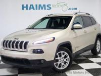 Super Clean 2015 JEEP Cherokee Latitude With Rearview