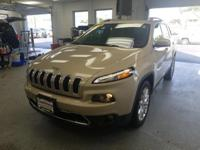 Priced below KBB Fair Purchase Price! This 2015 Jeep