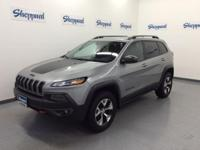 Trailhawk trim. EPA 26 MPG Hwy/19 MPG City! Leather