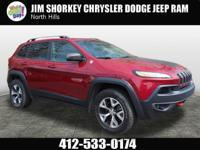 2015 Jeep Cherokee Trailhawk CARFAX One-Owner. Clean
