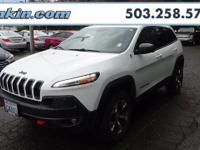 2015 Jeep Cherokee Trailhawk 3.2L V6 White Priced below