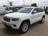 We are excited to offer this 2015 Jeep Grand Cherokee.