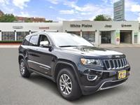 EPA 24 MPG Hwy/17 MPG City! CARFAX 1-Owner, Jeep
