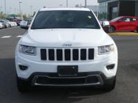 Clean Carfax! Jeep Grand Cherokee Limited 2015 4WD.