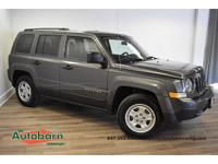 Granite Crystal Metallic Clearcoat 2015 Jeep Patriot