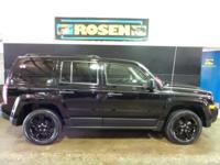 Come see this 2015 Jeep Patriot . Its transmission and