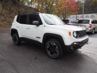 2015 Jeep Renegade Trailhawk Certified. Clean CARFAX.