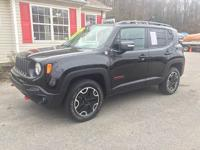 Very clean and nice 4x4 Jeep Renegade, 1 Owner clean