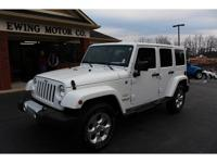 1 OWNER- SAHARA 4x4- NAVIGATION- AUTOMATIC WINDOWS AND
