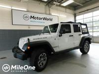 Bright White Clearcoat 4WD 5-Speed Automatic 3.6L V6