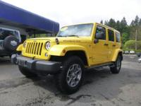 Options:  2015 Jeep Wrangler Unlimited||Fog