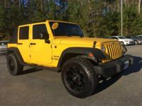 *SPRING IS ON THE WAY!!! LIKE NEW WRANGLER SOFT TOP,