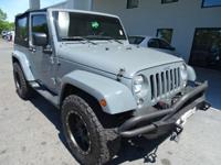 Come see this 2015 Jeep Wrangler . Its transmission and