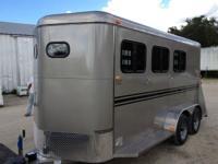 2015 K & K Bumper pull Durango 3 horse trailer, Stall