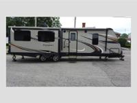 Like New 2015 Passport 31 RE lite weight (6,228 pounds