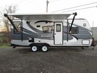 2015 Keystone Springdale 20ft travel trailer with queen