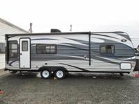 2015 Keystone Springdale 25ft travel trailer...queen