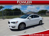 Back up camera, BLUETOOTH, CLEAN CARFAX, HEATED SEATS,