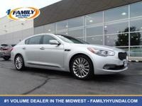 Come see this 2015 Kia K900 Luxury. Its Automatic