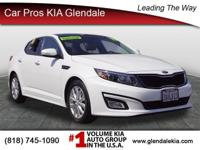 This gas-saving 2015 Kia Optima EX will get you where