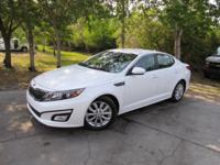 This 2015 Kia Optima 4dr 4dr Sedan EX features a 2.4L 4