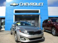 EPA 34 MPG Hwy/23 MPG City! CARFAX 1-Owner, Excellent