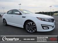 This 2015 Kia Optima SX, has a great Snow White Pearl