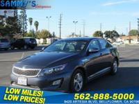 . Fuel efficient , carfax 1-owner. Hybrid , bluetooth ,