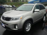 Delivers 25 Highway MPG and 19 City MPG! This Kia