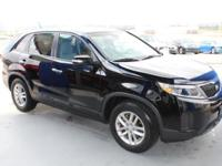 EPA 27 MPG Hwy/20 MPG City! CARFAX 1-Owner, LOW MILES -