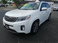 Very clean and well equipped Sorento SX AWD with V6,
