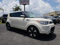 2015 Kia Soul Exclaim Cloud CARFAX One-Owner.**FULL