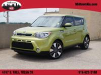 MidTown KIA is excited to offer this 2015 Kia Soul.