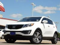 2015 Kia Sportage Clear White 6-Speed Automatic