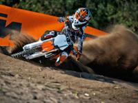 2015 KTM 85 SX BRAND NEW!!! In the junior course from