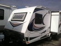 2015 Lance M-1575. 2015 Lance model 1575 in great